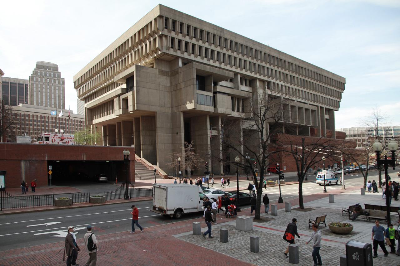 Boston-city-hall-kallman-mckinnell-knowles