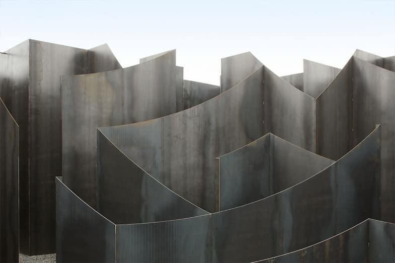 2-gijs-van-vaerenbergh-labyrinth-c-mine-arts-centre-genk-belgio