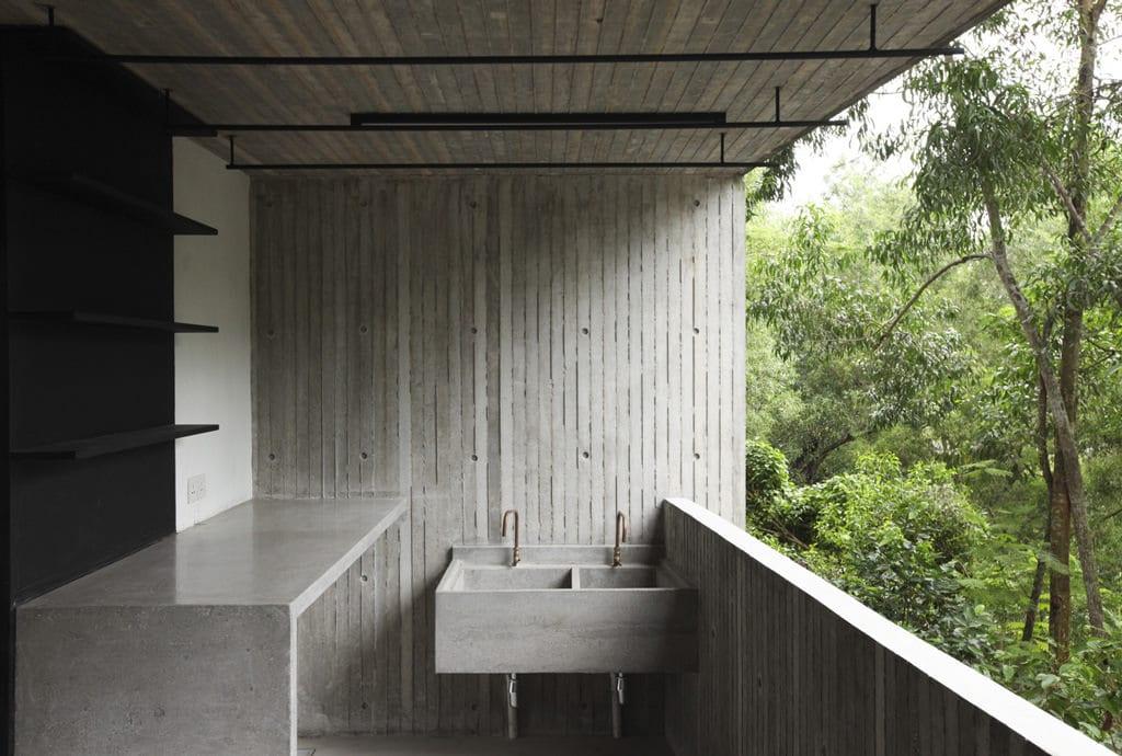 tropical-box-house-4