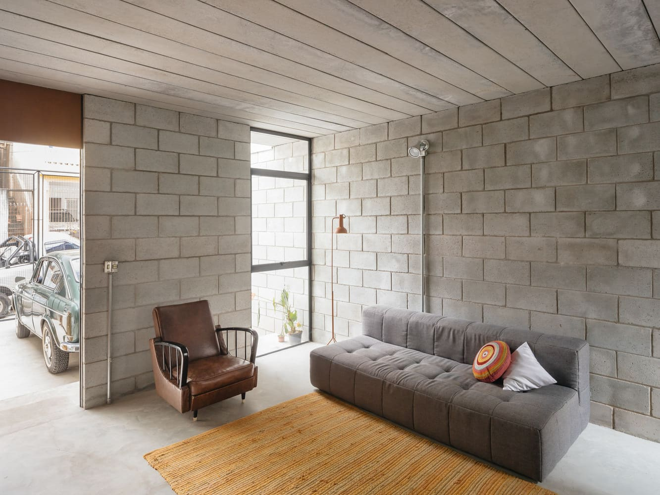 Vila Matilde House by Terra e Tuma Arquitetos Associados, Photo by Pedro Kok n
